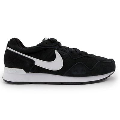 Tenis Nike Venture Runner Suede Preto - 246622